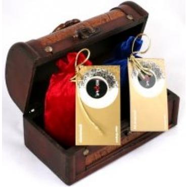 Подарочный набор кофе в заернах в деревянной шкатулке  №2  (2 бархатных мешочка)